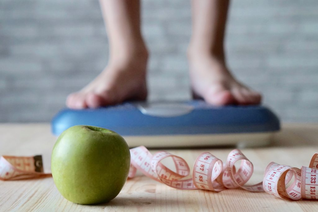 weight loss with apple and scale